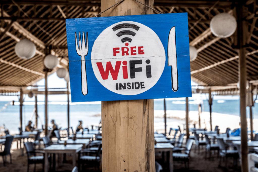 bezpieczne korzystanie z internetu - wifi
