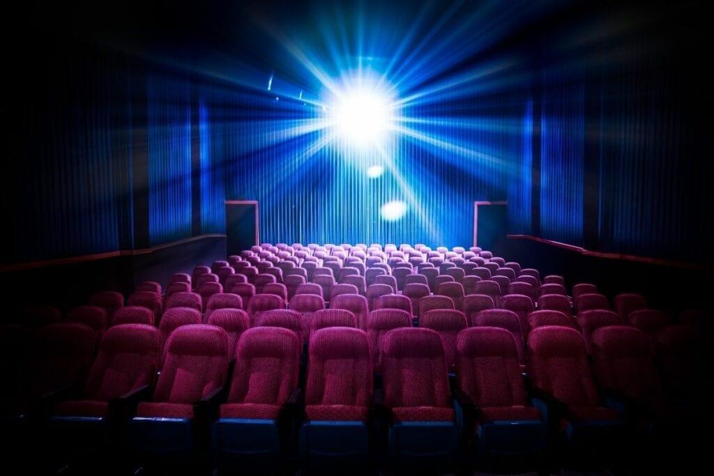 Gdzie oglądać seriale online za darmo - kino
