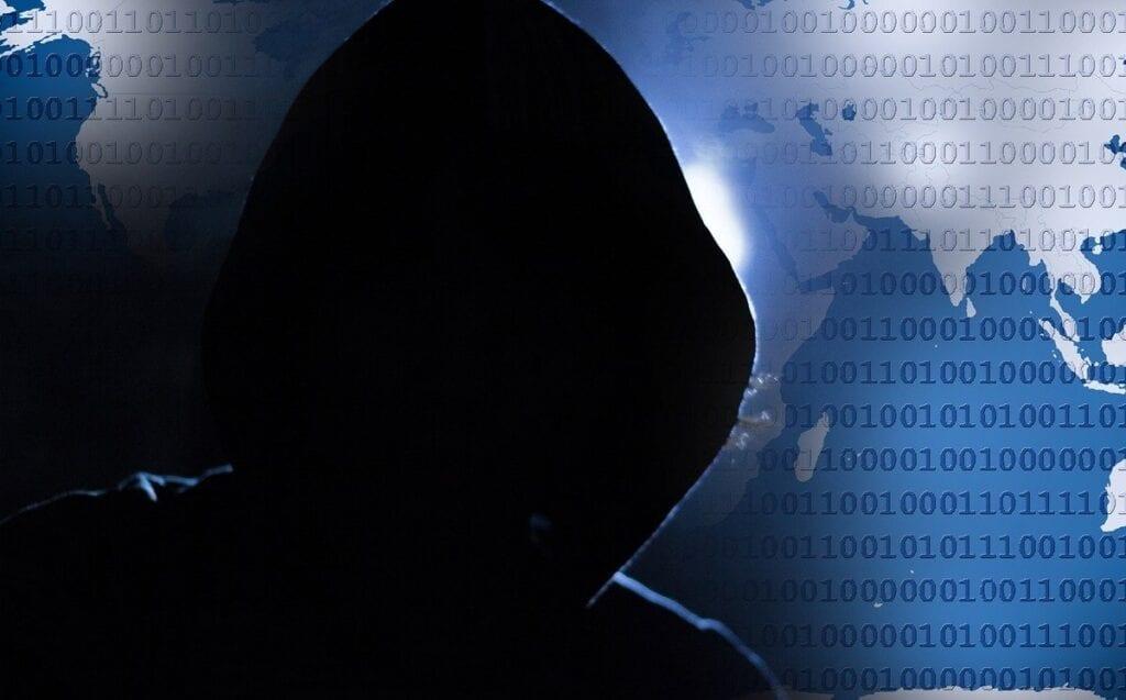 Zagrożenia w sieci - haker