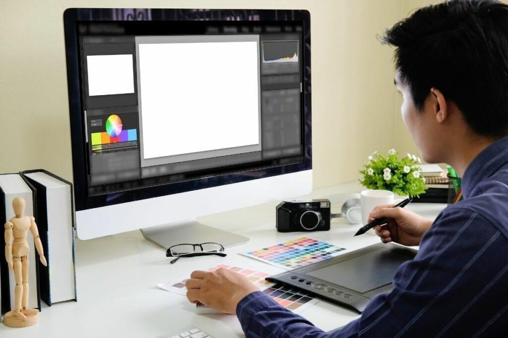 Programy graficzne do rysowania - tablet graficzny idealnie je uzupełnia