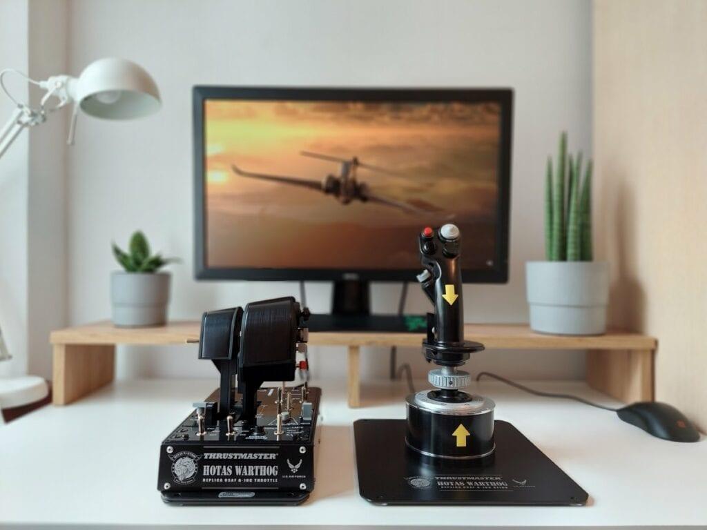 Recenzja Thrustmaster Hotas Warthog - latanie z takim gadżetem to przyjemność