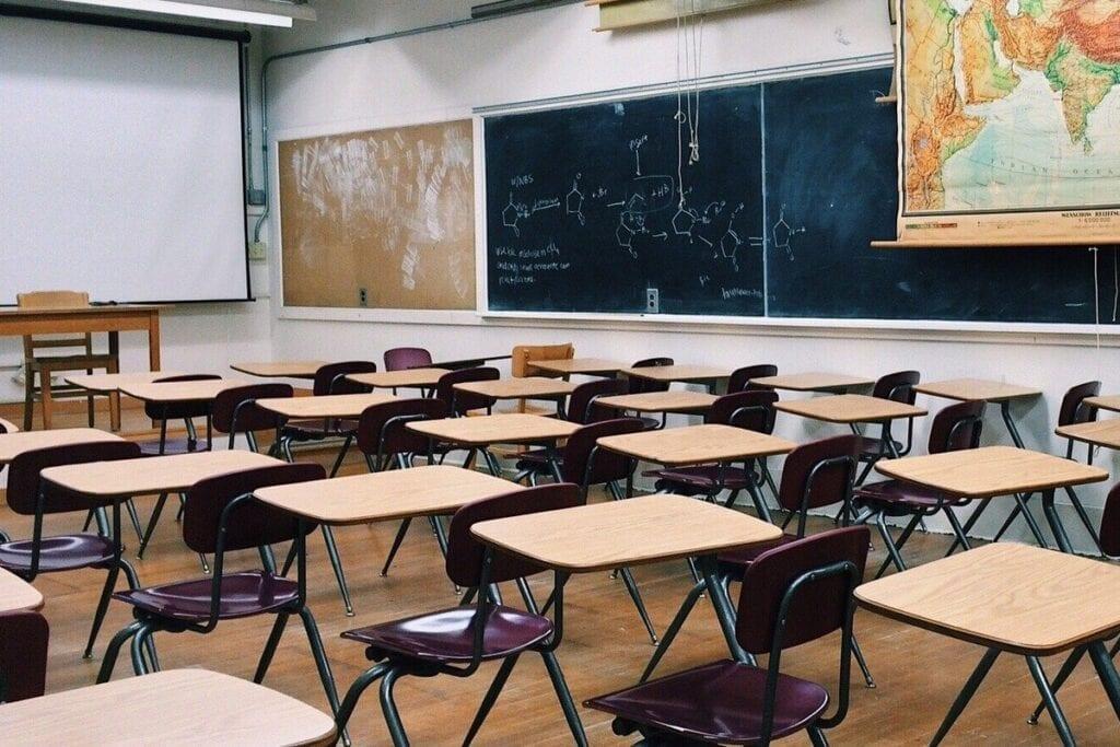 Usługa Google Classroom - pusta szkoła