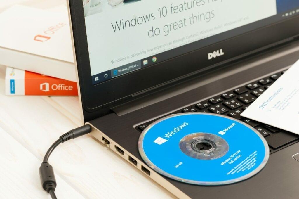 Zalety i wady wirtualizacji systemu operacyjnego - windows 10