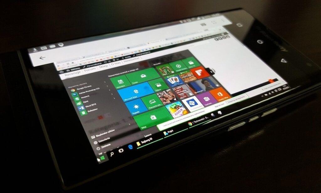 Zalety i wady wirtualizacji systemu operacyjnego - tablet