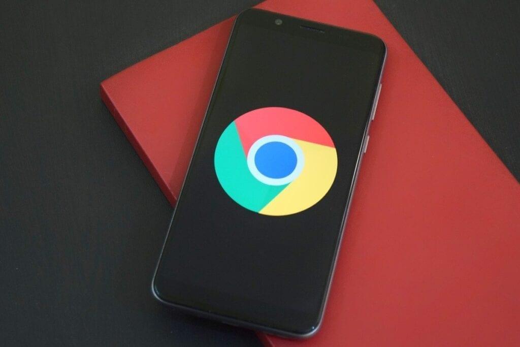 Zestawienie najlepszych przeglądarek w 2021 roku - chrome android mobile