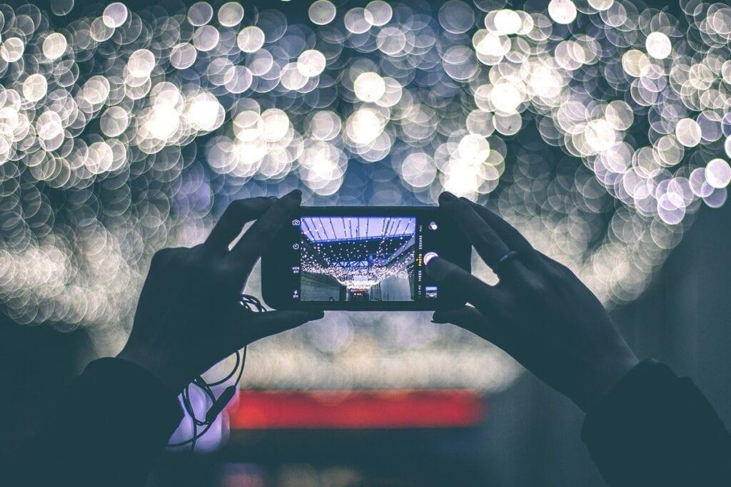 Jak szybko i skutecznie wyostrzyć zdjęcie? - smartfon