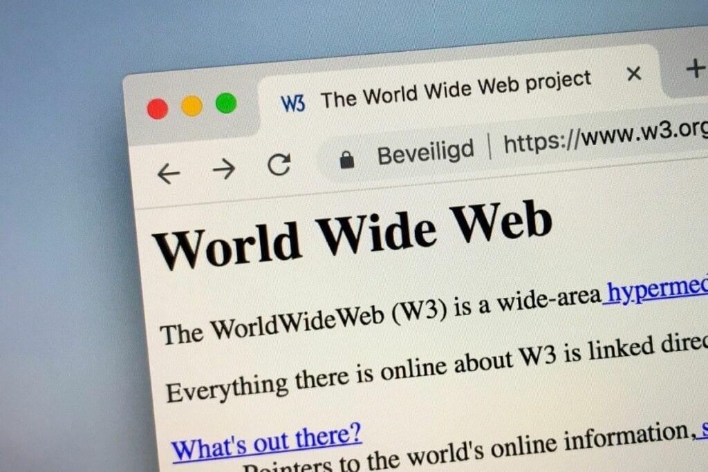 pierwsza strona internetowa