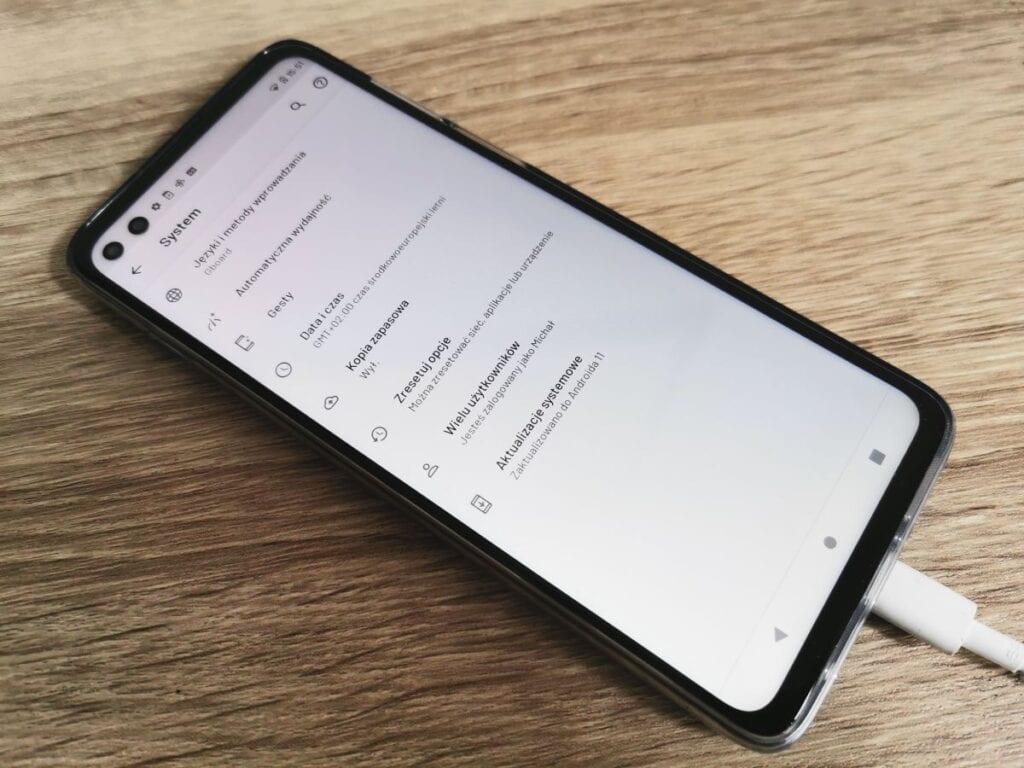 Jak zmienić wersję Androida na nowszą - ustawienia