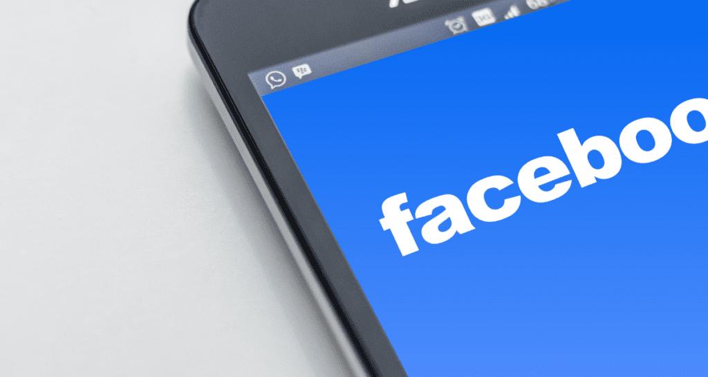 Jak zmienić nazwisko na fb?