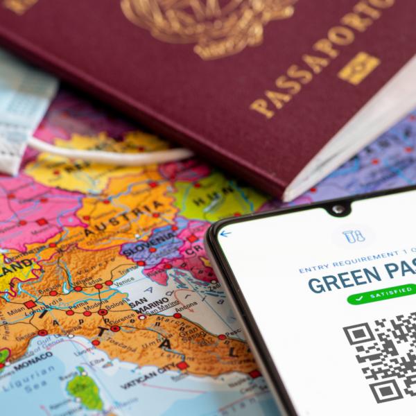 Paszport covidowy obrazz glowny