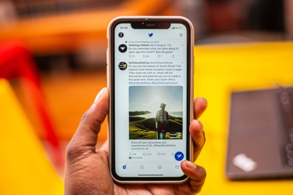 Twitter bez logowania - smartfon