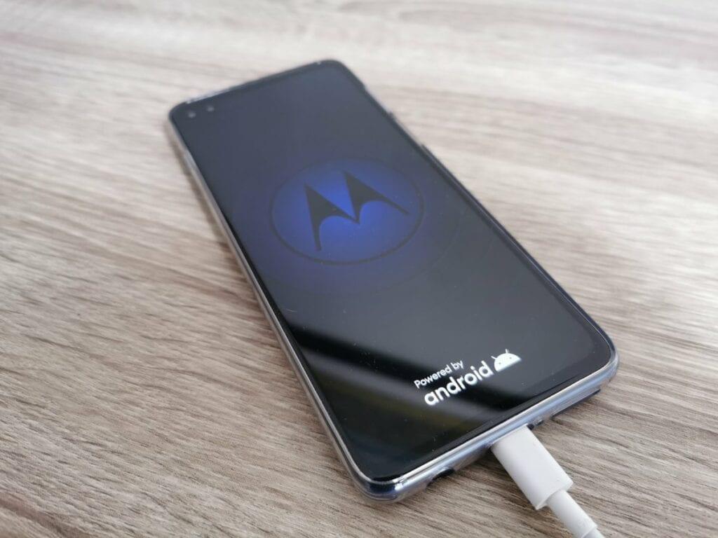 Usuwanie konta Google z telefonu - kasowanie