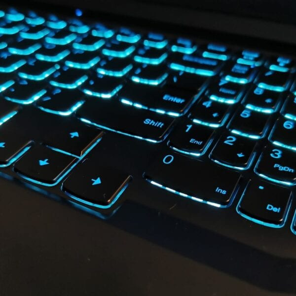 Jak włączyć zablokowaną klawiaturę?