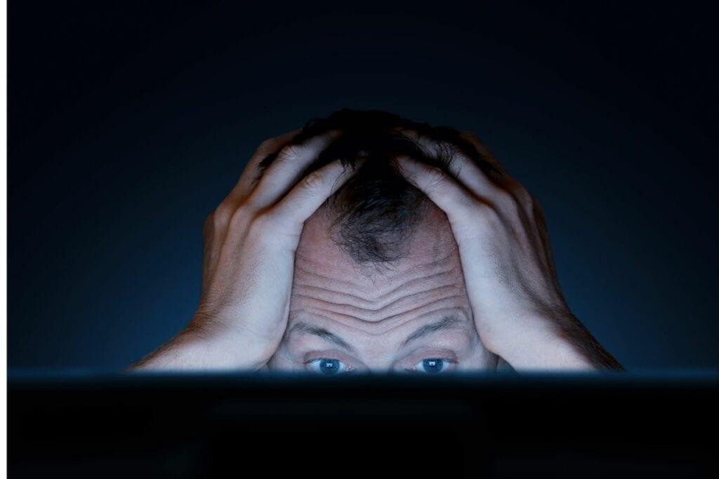 internet challenge niebezpieczeństwa