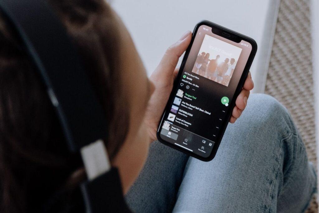 jak zmienić zdjęcie playlisty na spotify