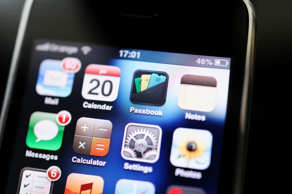 Menu pierwszego iPhone'a