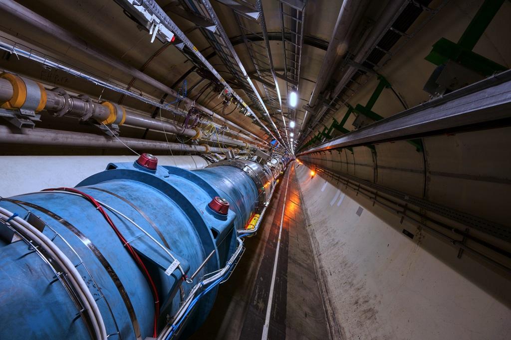 CERN Zderzacz Hadronów