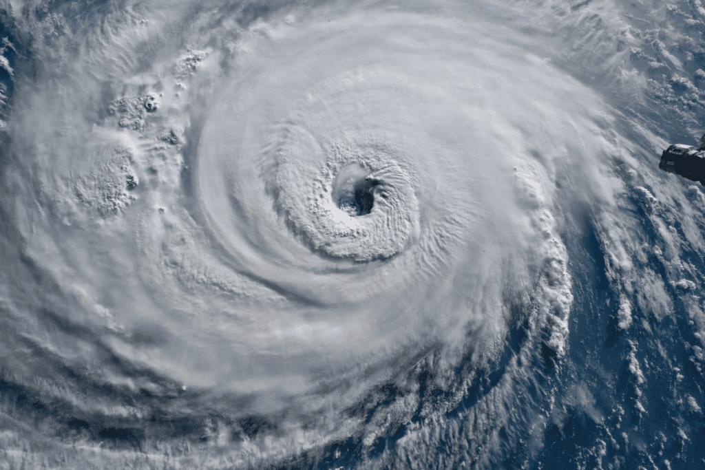 trójkąt bermudzki i huragany