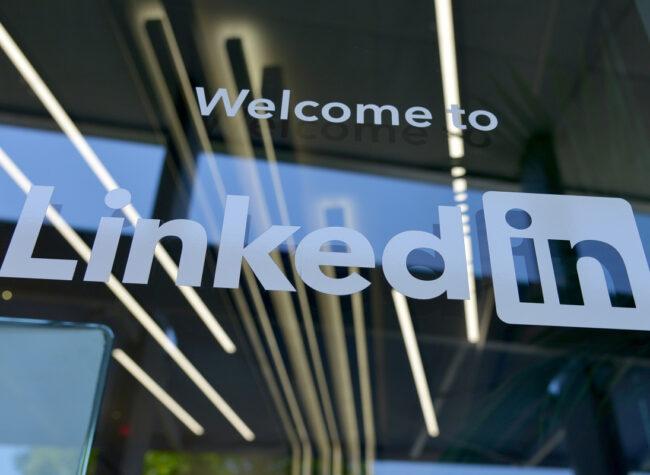 LinkedIn – co to za portal Dla kogo Jak z niego korzystać Przewodnik po LinkedIn