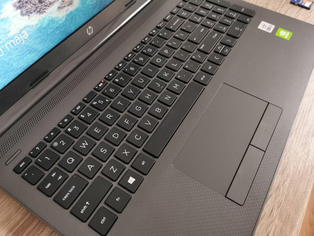 HP 250 G7 klawiatura i touchpad