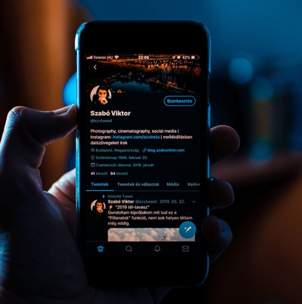 Jak udostępnić Tweeta - warto założyć konto