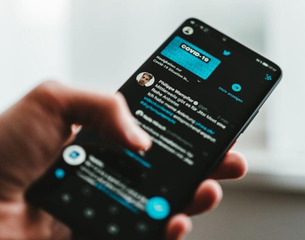 Jak udostępnić Tweeta - informacja