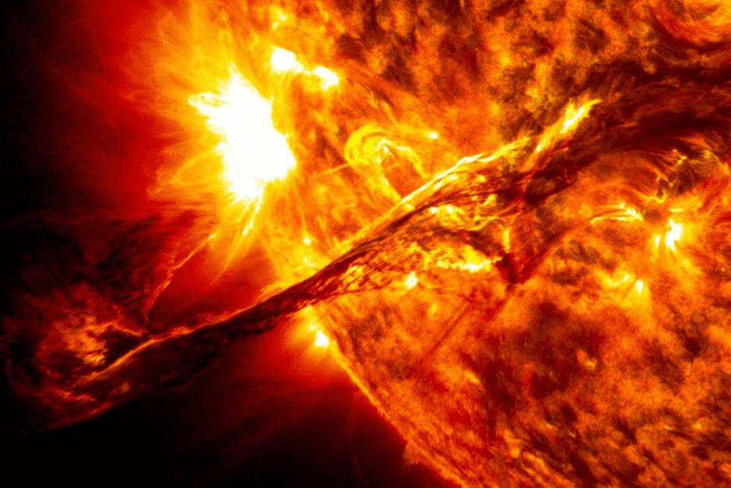 Układ słoneczny planety - wiatr słoneczny