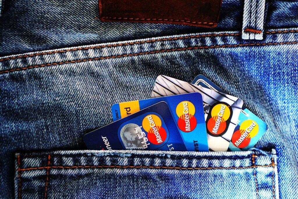 aion karty kredytowe