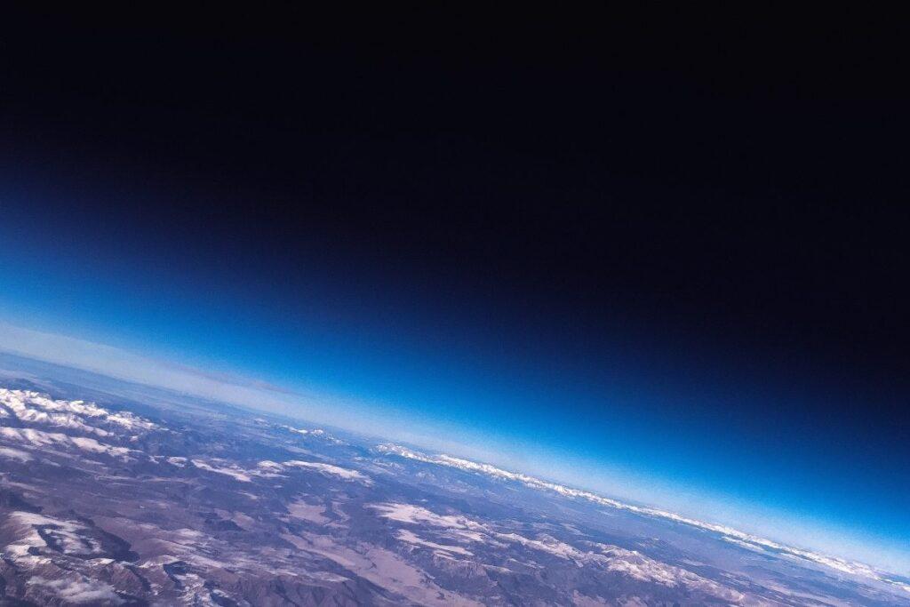 ziemia kosmos widok atmosfera