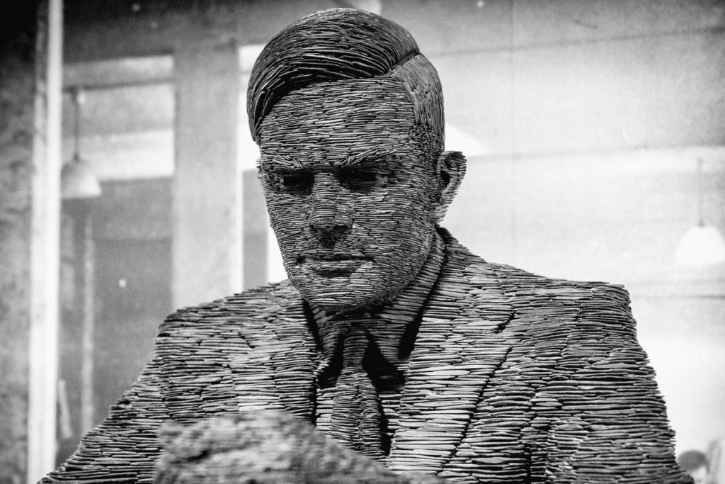 Turing - pomnik