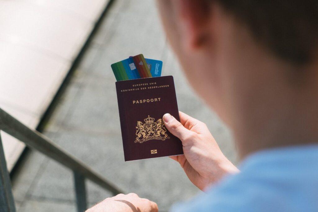 revolut podróż