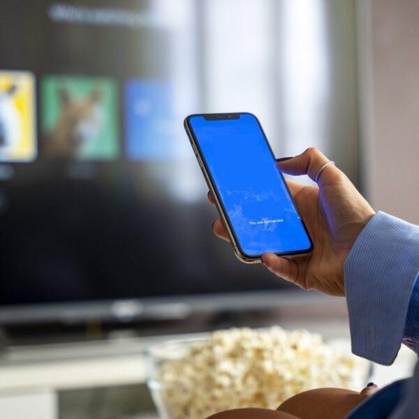 telefon do telewizora