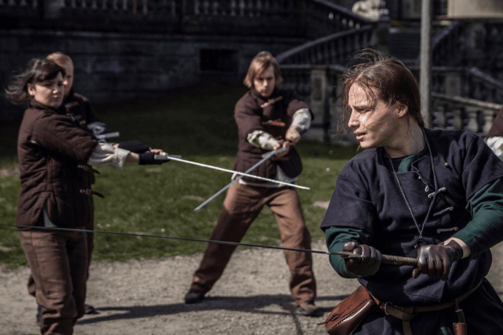 Walka mieczem w Witcher School