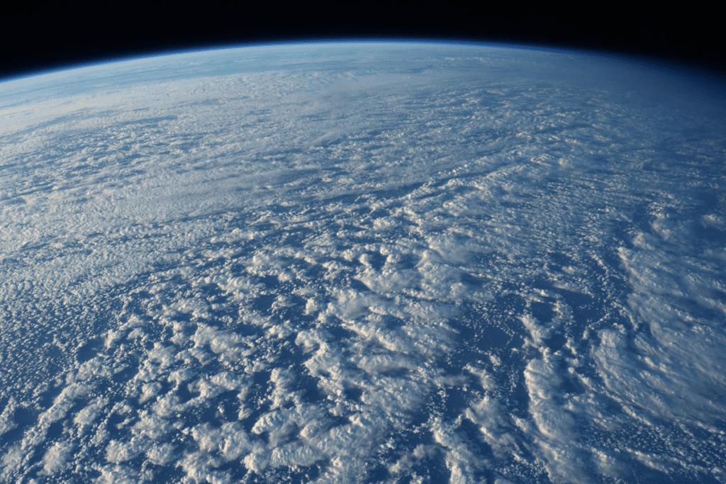dziury ozonowe w atmosferze