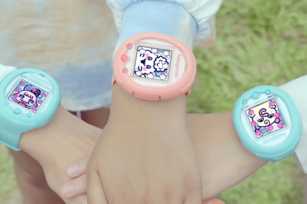 Zegarki od Bandai Namco na ręku