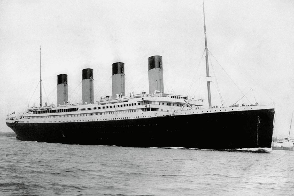 Titanic wypływa z portu w Wielkiej Brytanii