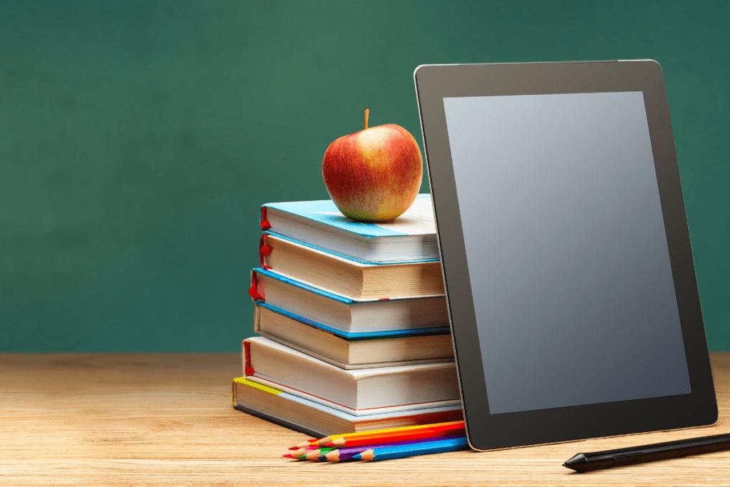 Tablet do nauki - tablet czy laptop