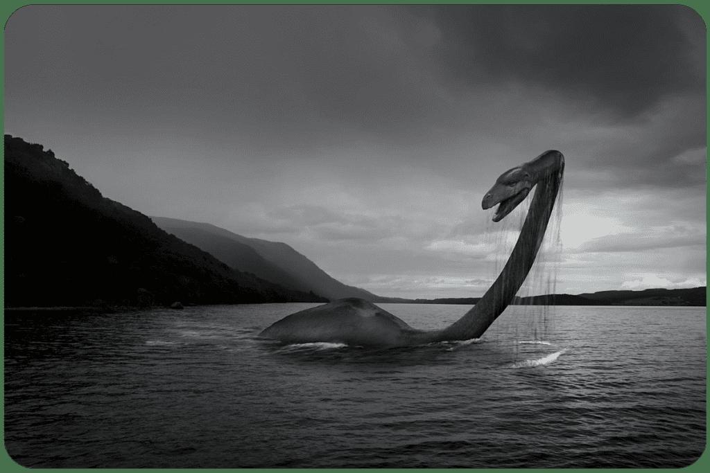 Potwór z Loch Ness z długą szyją