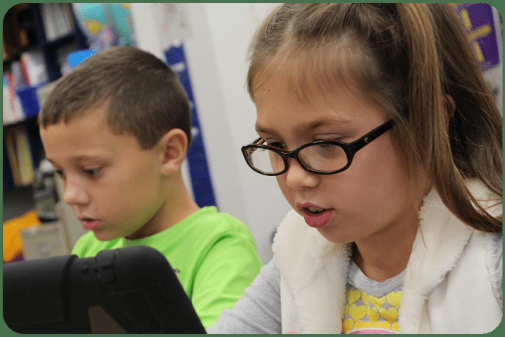 Dzieci oglądają pato-streamerów