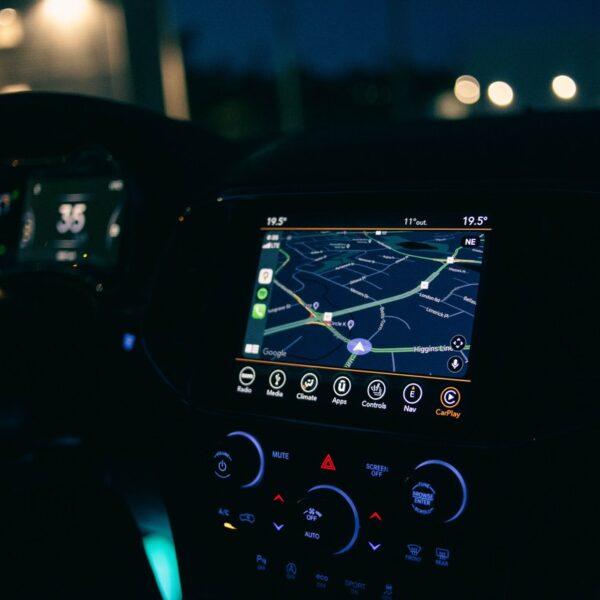 nawigacja samochód gps trasa droga